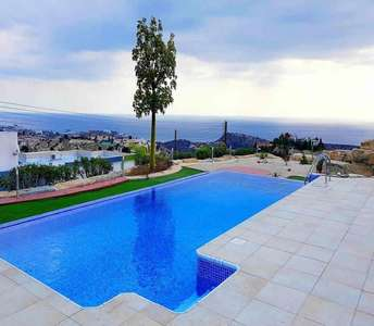 VILLA FOR SALE IN AYIOS TYCHONAS LIMASSOL