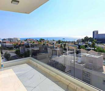 Flat for sale in Limassol sea view