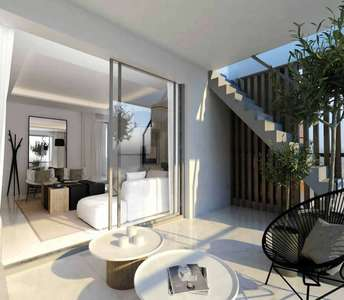 PENTHOUSE TO BUY LARNACA