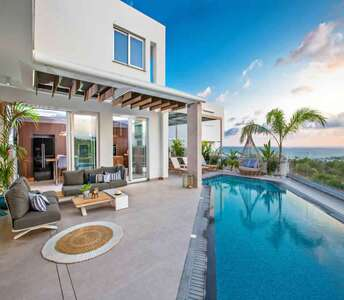 VILLAS FOR SALE IN AYIA NAPA