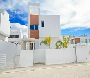 Sea view homes in Ayia Napa