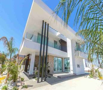 BUY SEASIDE HOUSE IN PROTARAS