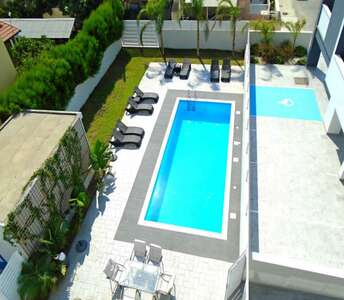 New apartment in Larnaca with pool