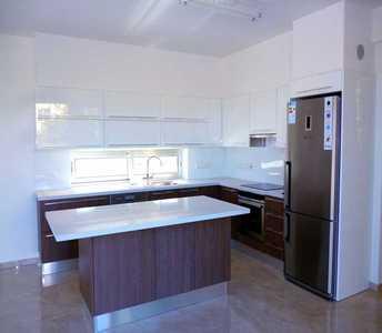 Κατοικία στην Λάρνακα προς πώληση