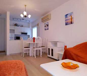 SEASIDE FLAT FOR SALE IN LARNACA