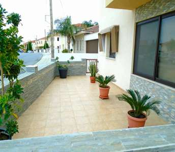 Ground floor apartment in Larnaca