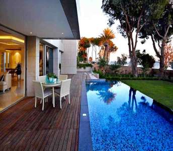 LUXURY SEAFRONT VILLA IN CYPRUS