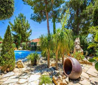 SOUNI HOUSE FOR SALE LIMASSOL