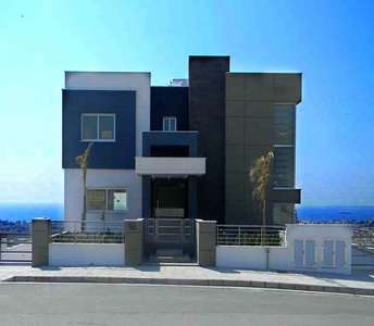 Buy villa in Limassol