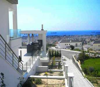 Sea view property in Limassol