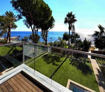 Waterfront villa for sale in Cyprus Limassol