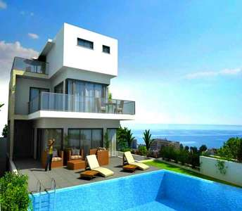 VILLAS IN LIMASSOL