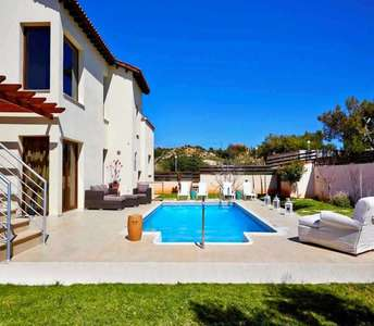 House in Pissouri with swimming pool
