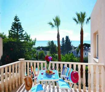 BEACH APARTMENTS FOR SALE IN PAPHOS