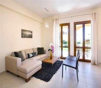 Продается новая квартира в Пафосе