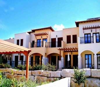 Гольф апартаменты на продажу на Кипре