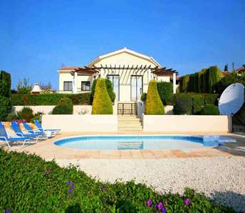 SEA VIEW VILLA NEAR GOLF COURSE PAPHOS