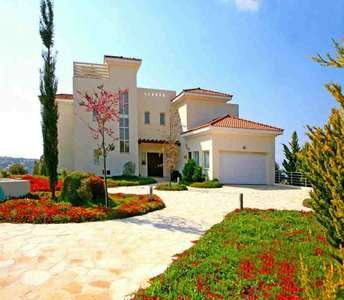 Buy villas golf course Paphos