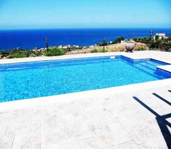 HOLIDAY HOMES IN POMOS VILLAGE PAPHOS