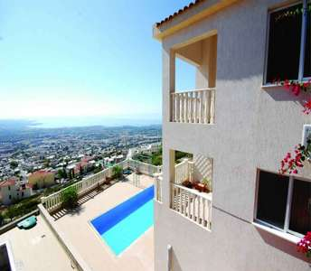 SEA VIEW HOUSE FOR SALE IN PAPHOS