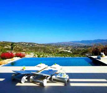 Villa in Paphos for sale