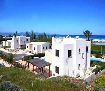 BEACH SIDE HOUSES PAPHOS