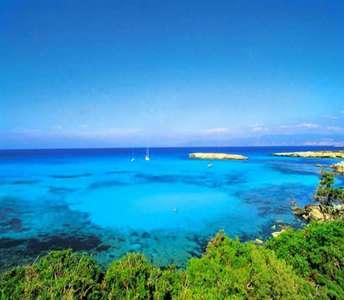 Недвижимость с видом на море в Пафосе